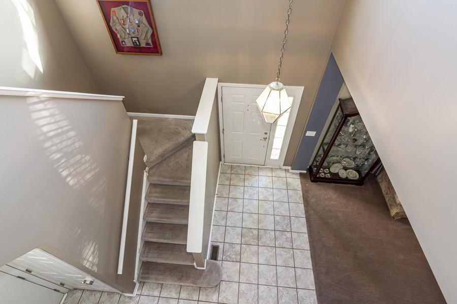 Real Estate Photography - 2021 Lyndhurst, Aurora, IL, 60503 - Foyer