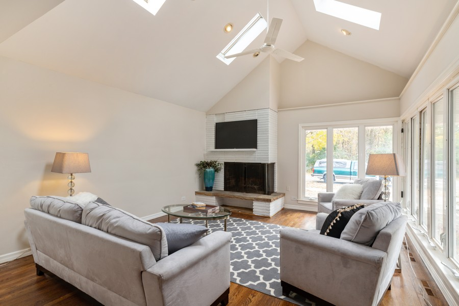 Real Estate Photography - 4408 W Bryn Mawr, Chicago, IL, 60646 - Living Room