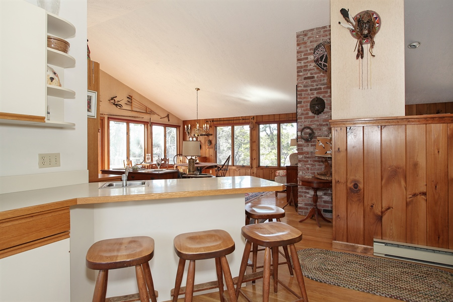 Real Estate Photography - 1020 Samoset Rd., Eastham, MA, 02642 - Breakfast Nook