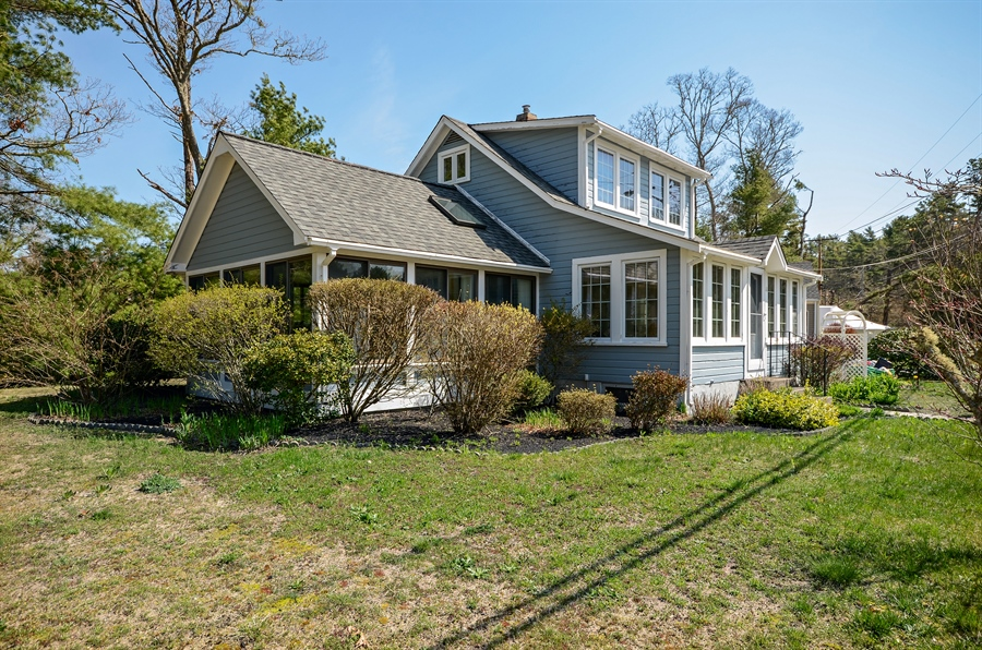 Real Estate Photography - 118 Parkwood Drive, Wareham, MA, 02571 - Front View
