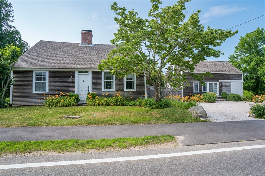 Real Estate Photography - 4096 Main, Cummaquid, MA, 02637 - Front View