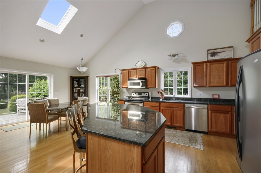 Real Estate Photography - 3 Harborview, Wareham, MA, 02571 - Kitchen / Dining Room