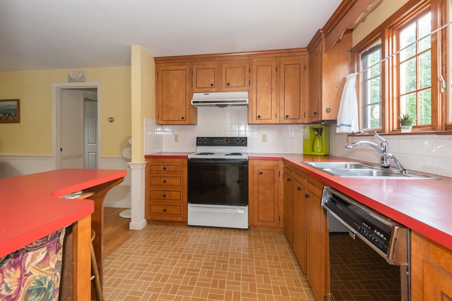 Real Estate Photography - 17 Belle Of The West, Yarmouth Port, MA, 02675 - Kitchen