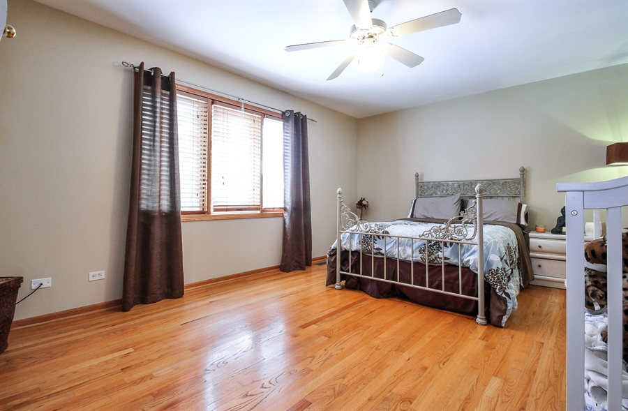 Real Estate Photography - 9140 N Washington St, Niles, IL, 60714 - 2nd Bedroom
