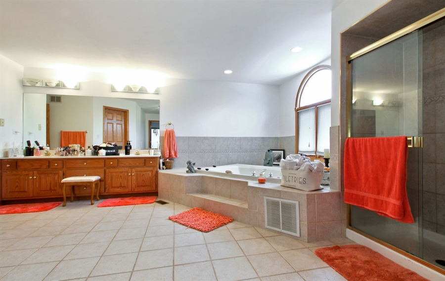 Real Estate Photography - 9140 N Washington St, Niles, IL, 60714 - Master Bathroom