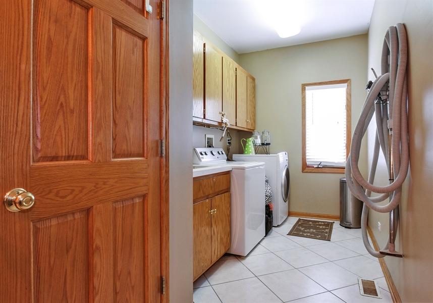 Real Estate Photography - 9140 N Washington St, Niles, IL, 60714 - Laundry Room