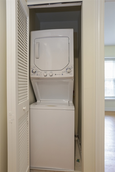 Real Estate Photography - 1428 S. Lunt Avenue, 1N, Chicago, IL, 60626 - Laundry Room