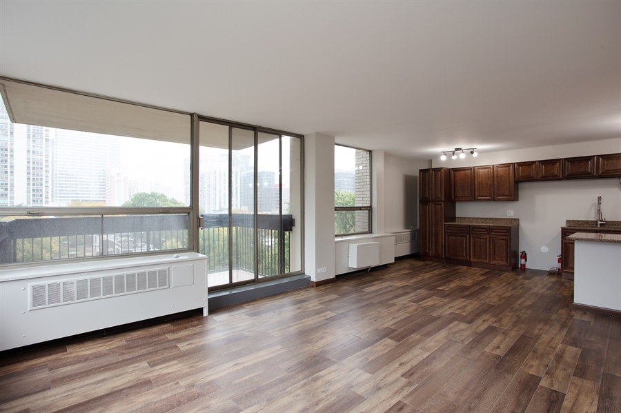 Real Estate Photography - 1360 N Sandburg Terrace, 601, Chicago, IL, 60610 - Living Room
