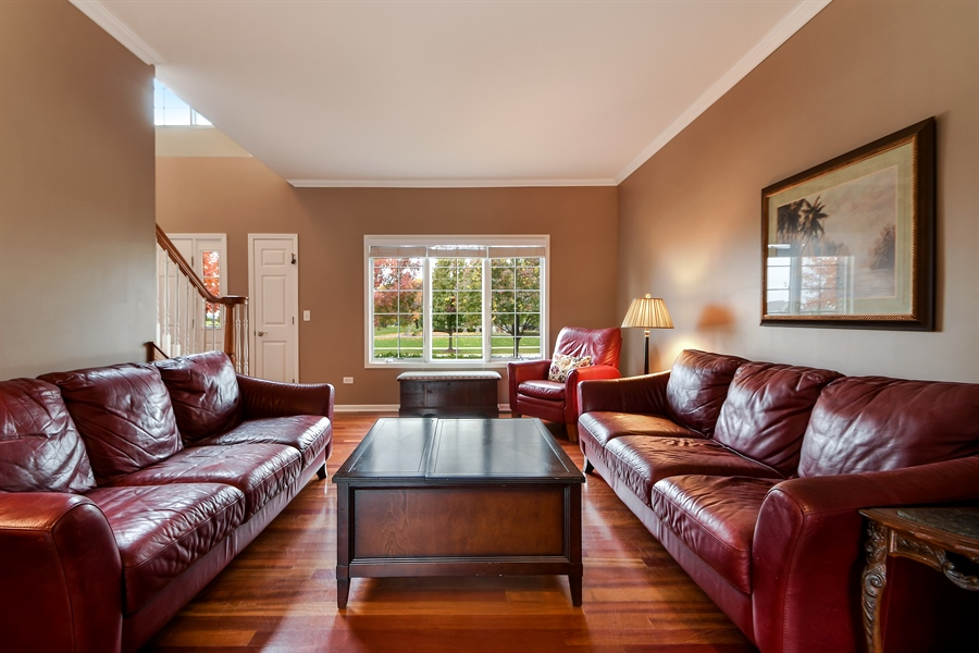 Real Estate Photography - 22761 Stanford Dr, Frankfort, IL, 60423 - Living Room