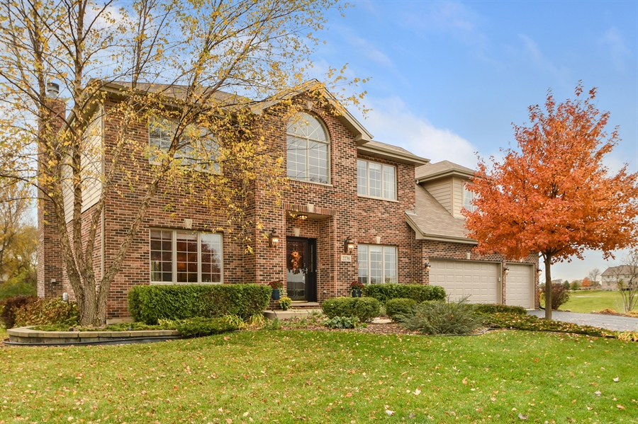 Real Estate Photography - 22761 Stanford Dr, Frankfort, IL, 60423 - Front View