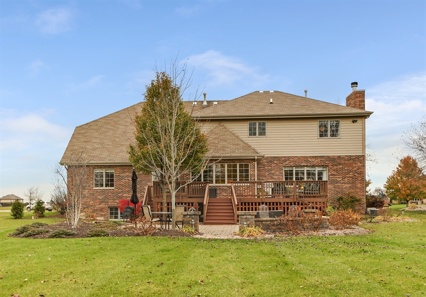 Real Estate Photography - 22761 Stanford Dr, Frankfort, IL, 60423 - Rear View