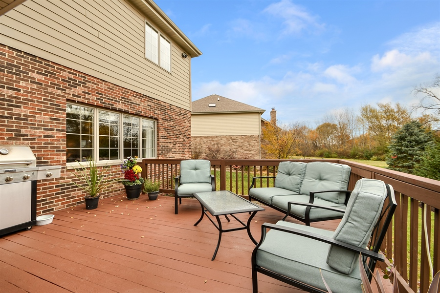 Real Estate Photography - 22761 Stanford Dr, Frankfort, IL, 60423 - Deck