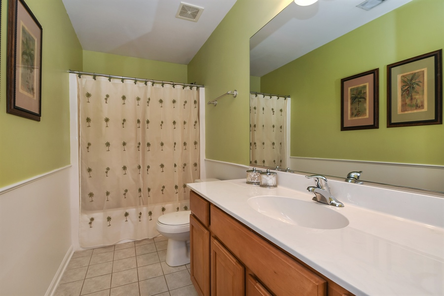 Real Estate Photography - 22761 Stanford Dr, Frankfort, IL, 60423 - Bathroom