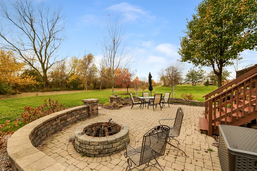 Real Estate Photography - 22761 Stanford Dr, Frankfort, IL, 60423 - Patio