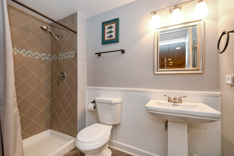 Real Estate Photography - 22761 Stanford Dr, Frankfort, IL, 60423 - 2nd Bathroom