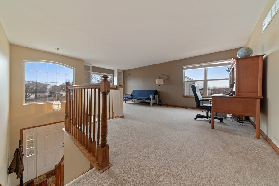 Real Estate Photography - 2003 Wedgeport Circle, Romeoville, IL, 60446 - Loft