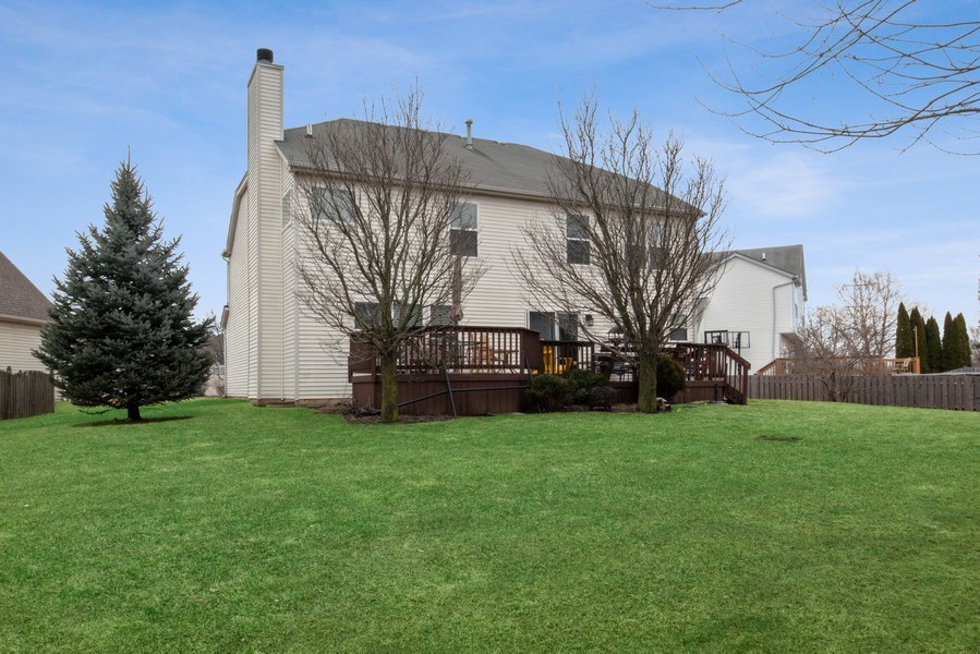 Real Estate Photography - 2003 Wedgeport Circle, Romeoville, IL, 60446 - Rear View