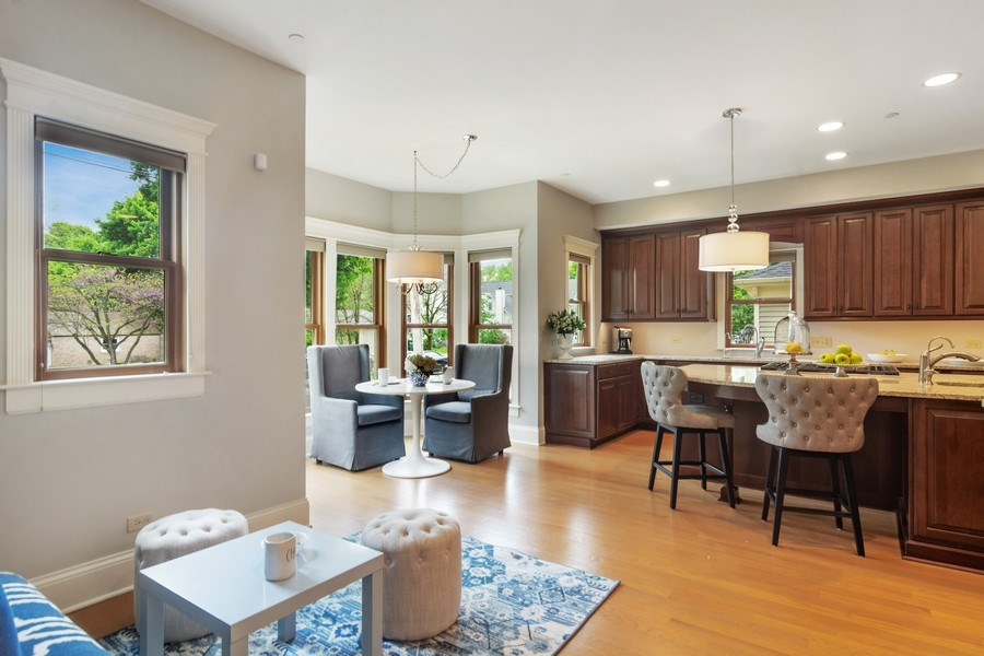 Real Estate Photography - 316 Dundee Avenue, Barrington, IL, 60010 - Kitchen / Breakfast Room