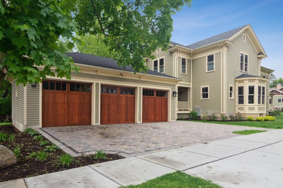 Real Estate Photography - 316 Dundee Avenue, Barrington, IL, 60010 - Garage