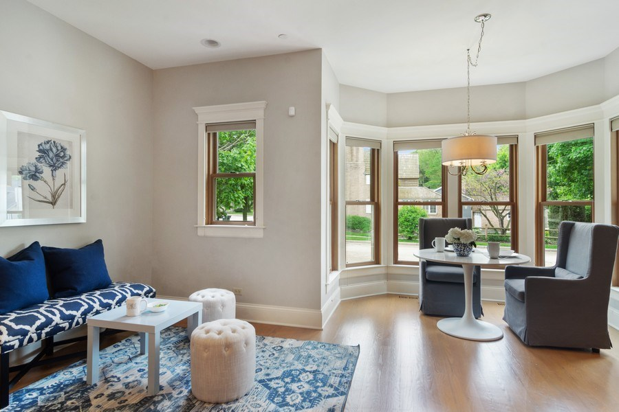 Real Estate Photography - 316 Dundee Avenue, Barrington, IL, 60010 - Breakfast Nook