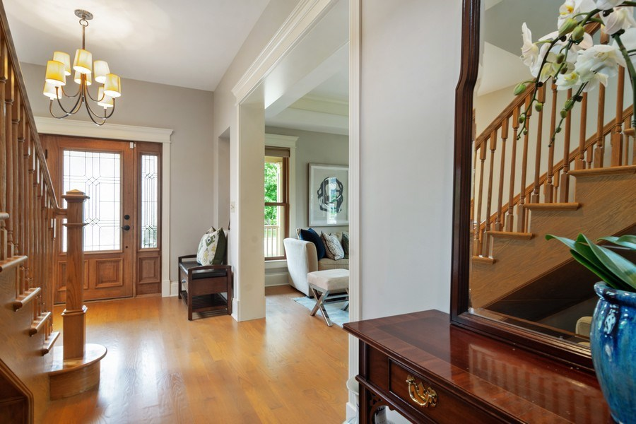 Real Estate Photography - 316 Dundee Avenue, Barrington, IL, 60010 - Entryway
