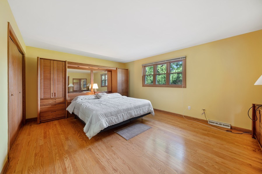 Real Estate Photography - 13322 S Adsit Rd, Palos Park, IL, 60464 - Master Bedroom