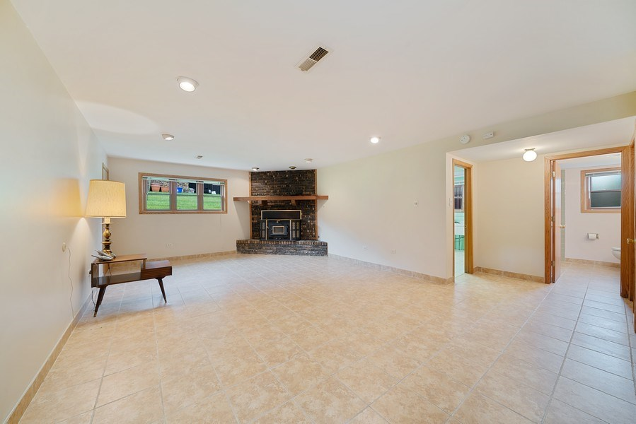 Real Estate Photography - 13322 S Adsit Rd, Palos Park, IL, 60464 - Family Room