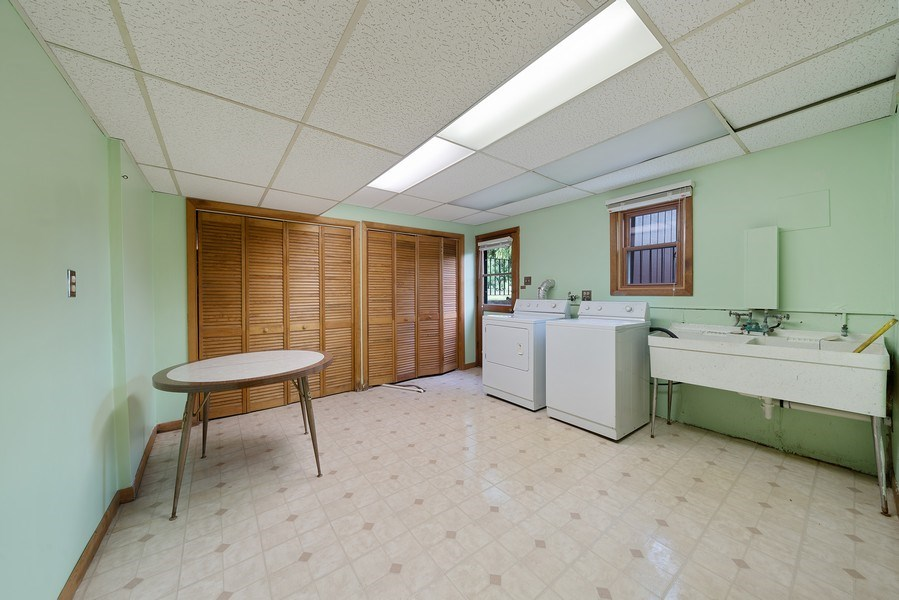 Real Estate Photography - 13322 S Adsit Rd, Palos Park, IL, 60464 - Laundry Room