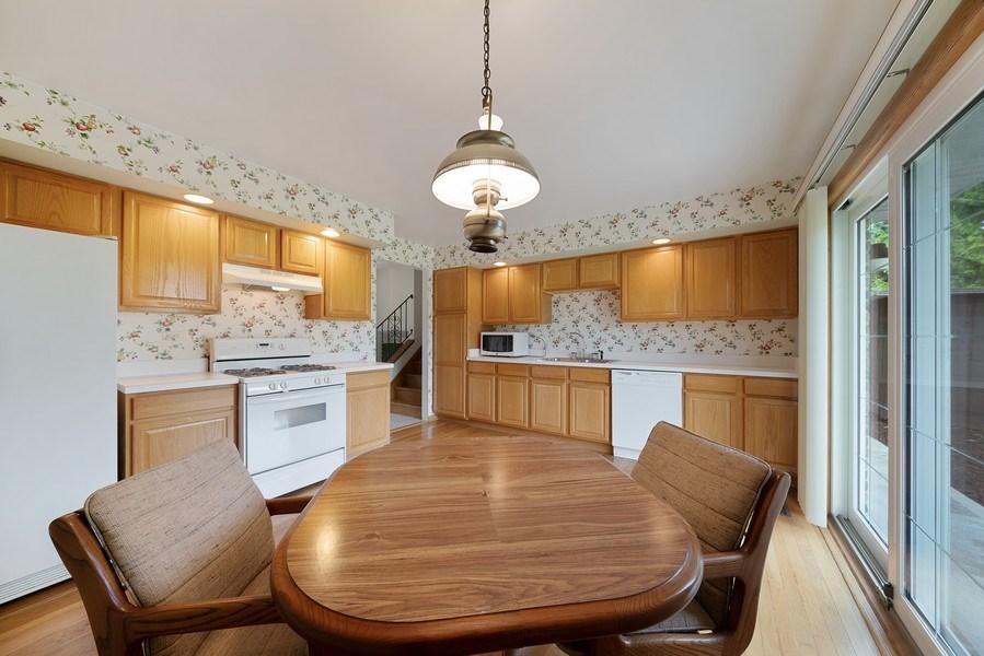 Real Estate Photography - 13322 S Adsit Rd, Palos Park, IL, 60464 - Kitchen