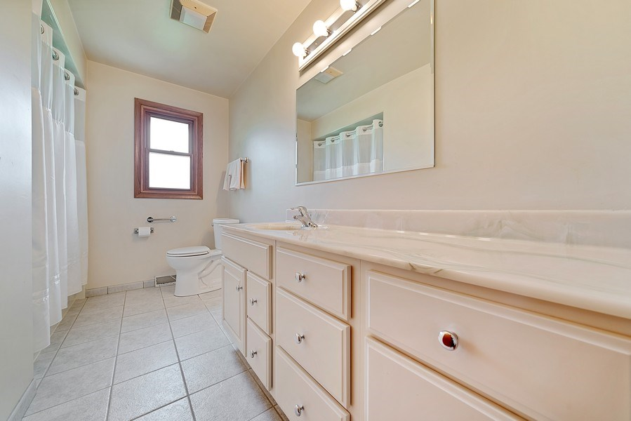 Real Estate Photography - 13322 S Adsit Rd, Palos Park, IL, 60464 - 2nd Bathroom