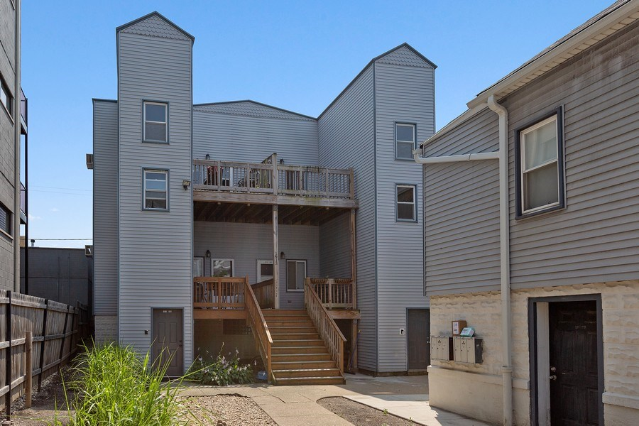 Real Estate Photography - 1913 W Armitage, Unit 2RW, Chicago, IL, 60622 - Front View