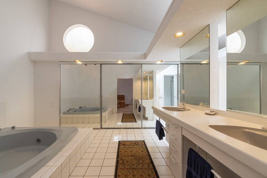 Real Estate Photography - 42 Danube Way, Olympia Fields, IL, 60461 - Master Bathroom