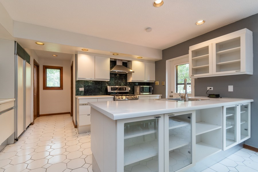 Real Estate Photography - 42 Danube Way, Olympia Fields, IL, 60461 - Kitchen