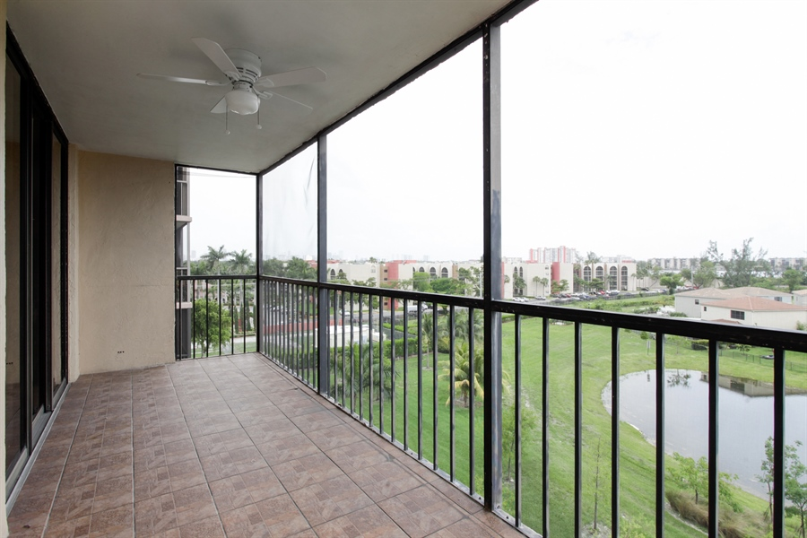 Real Estate Photography - 900 NE 195th St, 612, Miami, FL, 33179 - Balcony