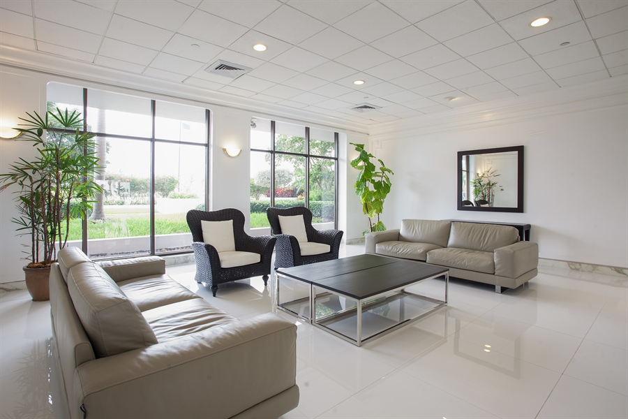 Real Estate Photography - 5700 Collins Ave, 15M, Miami Beach, FL, 33140 - Lobby