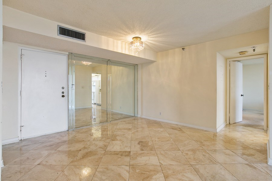 Real Estate Photography - 290 174th Street, 602, Sunny Isles Beach, FL, 33160 - Dining Room