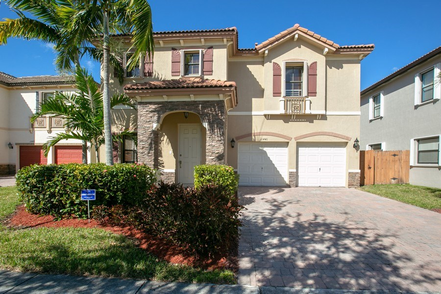 Real Estate Photography - 11441 SW 242 Lane, Homestead, FL, 33032 - Front View