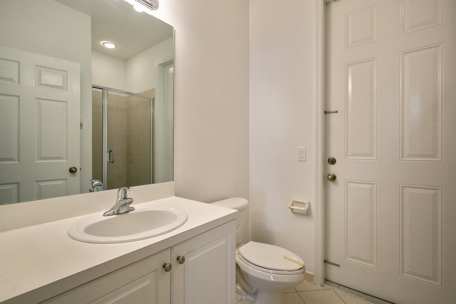 Real Estate Photography - 11441 SW 242 Lane, Homestead, FL, 33032 - 2nd Bathroom