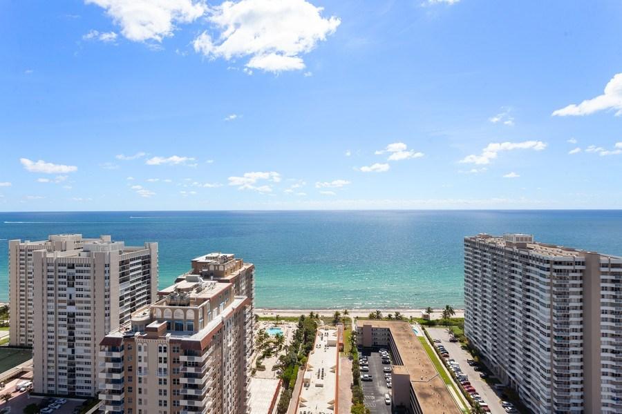 Real Estate Photography - 1945 S Ocean Drive, Unit 2812, Hallandale Beach, FL, 33009 -