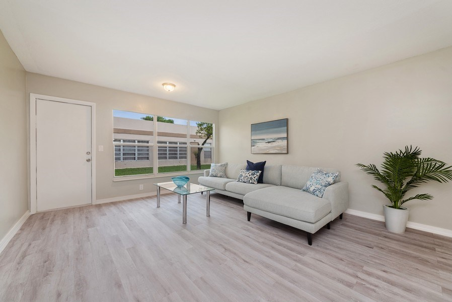Real Estate Photography - 18771 Stewart Cir, Unit 6, Boca Raton, FL, 33496 - Living Room