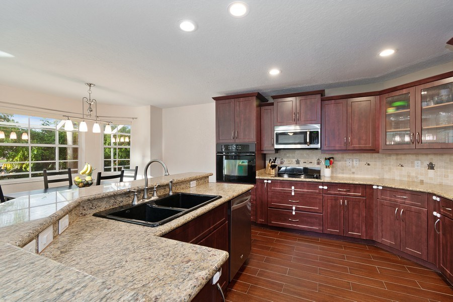 Real Estate Photography - 20211 NW 9TH DRIVE, PEMBROKE PINES, FL, 33029 - Kitchen