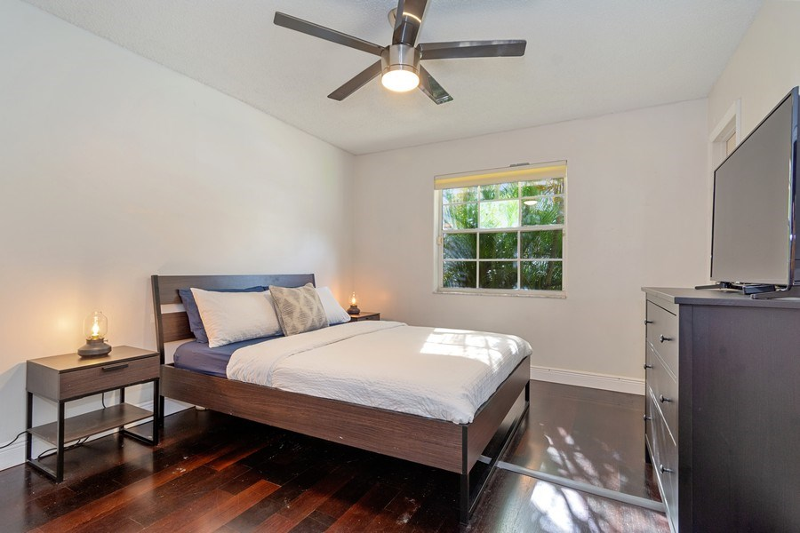 Real Estate Photography - 20211 NW 9TH DRIVE, PEMBROKE PINES, FL, 33029 - Bedroom