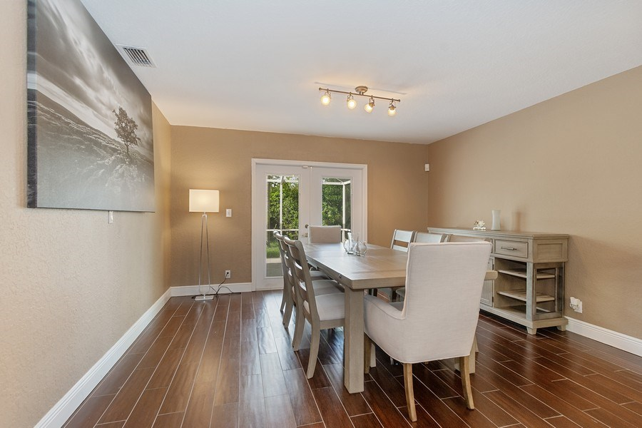 Real Estate Photography - 20211 NW 9TH DRIVE, PEMBROKE PINES, FL, 33029 - Dining Room