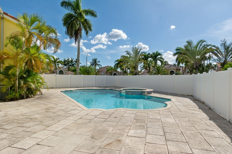 Real Estate Photography - 20211 NW 9TH DRIVE, PEMBROKE PINES, FL, 33029 - Pool