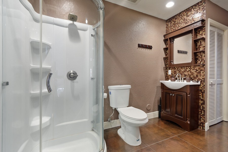 Real Estate Photography - 20211 NW 9TH DRIVE, PEMBROKE PINES, FL, 33029 - Bathroom
