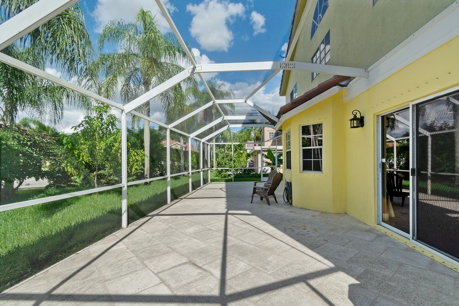 Real Estate Photography - 20211 NW 9TH DRIVE, PEMBROKE PINES, FL, 33029 - Patio