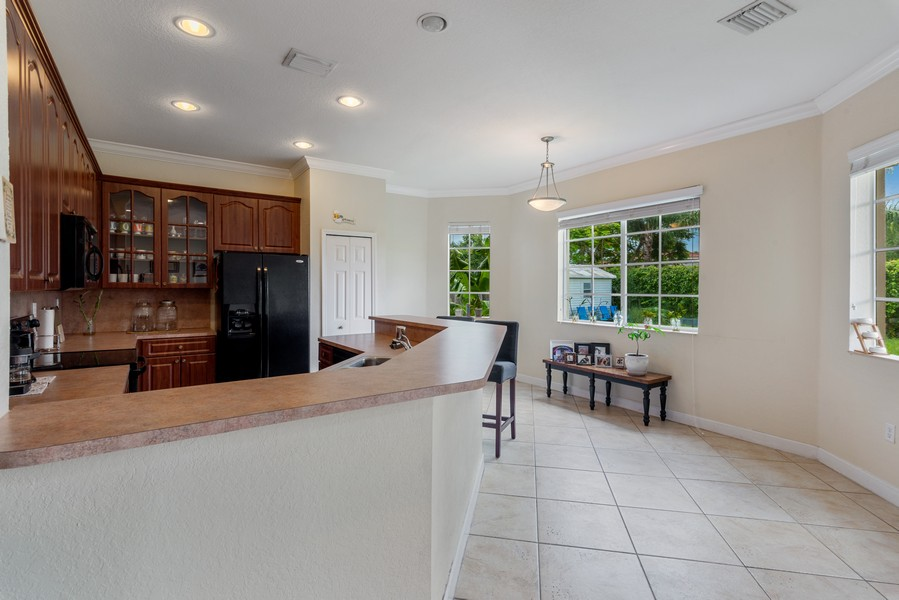 Real Estate Photography - 13126 SW 196th St, Miami, FL, 33177 - Kitchen / Breakfast Room