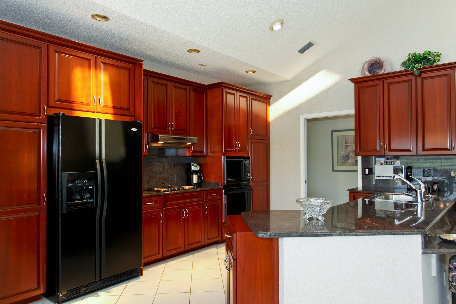 Real Estate Photography - 17799 Heather Ridge, Boca Raton, FL, 33498 - Kitchen