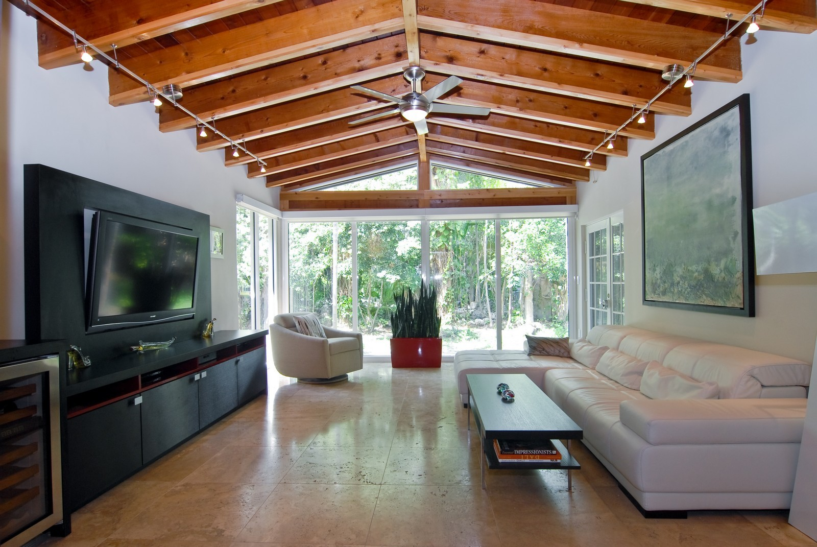 Real Estate Photography - 106 W 4th CT, Miami Beach, FL, 33139 - Family Room