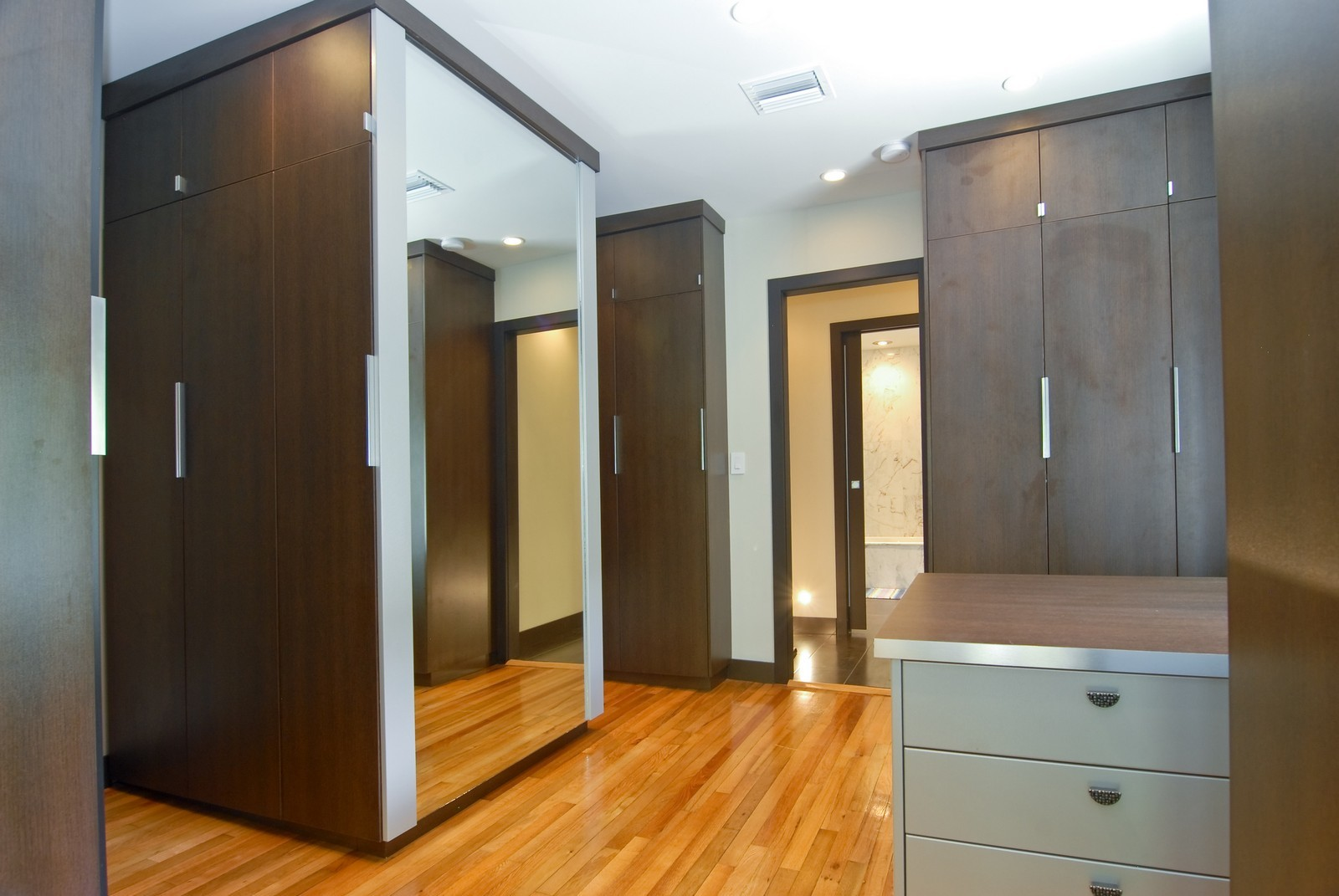 Real Estate Photography - 106 W 4th CT, Miami Beach, FL, 33139 - Master Bedroom Closet
